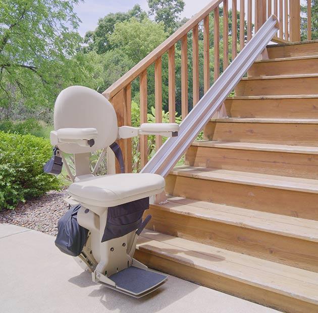 stair-lift-bruno-elite-outdoor-straight-630x620-web